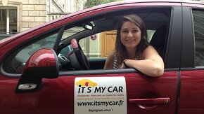 Sarah prévot dans sa voiture «Its my car »