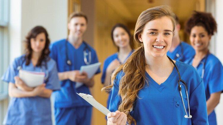 Les étudiants en paramédical choisissent médecine
