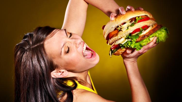 Le burger, repas préféré des étudiants !