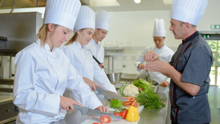 Quels sont les diff rents parcours pour devenir cuisinier - Bac pro cuisine par correspondance ...